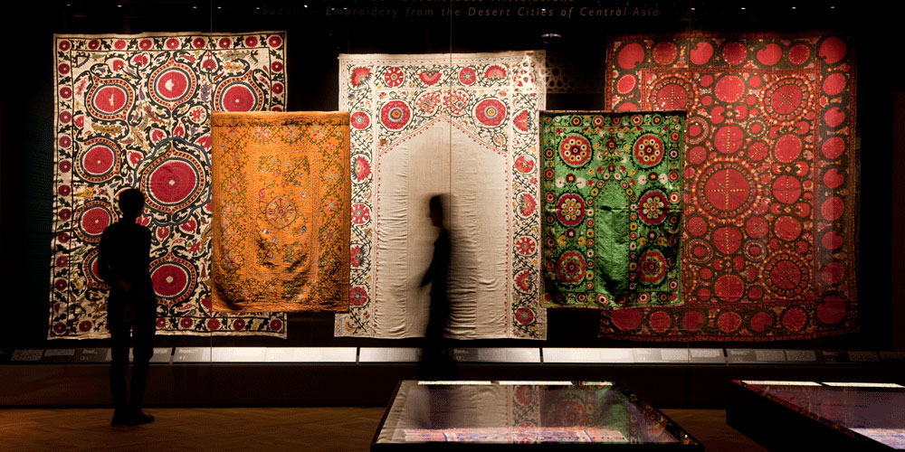 The Dresden Damascus Chamber and Textiles from Middle East